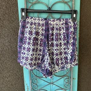 Brandy Melville cotton floral shorts small